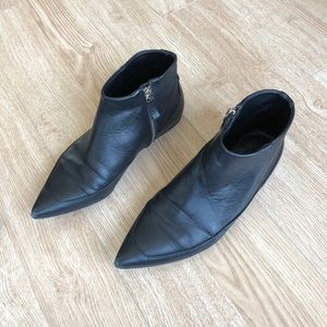 Zara Pointed Toe Leather Flat Bootie